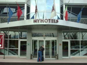 Insegna MY HOTELS 2